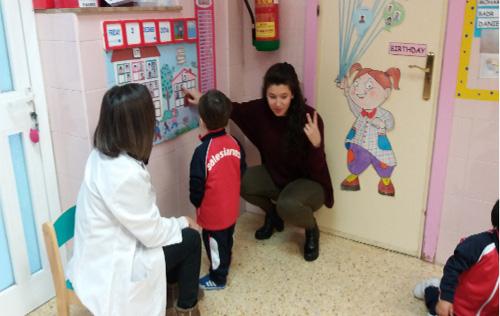 Colaborando con el proyecto bilingüe de infantil